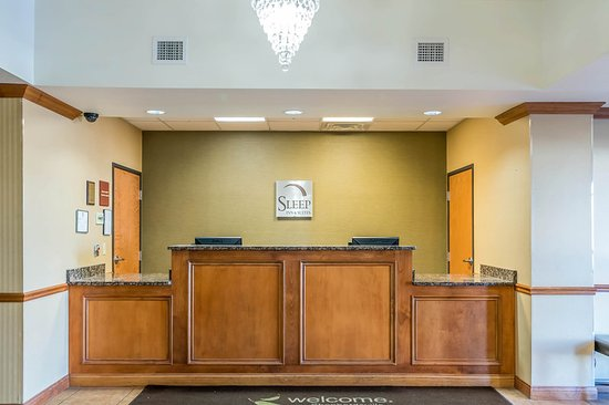 Sleep Inn & Suites Shepherdsville: Lobby