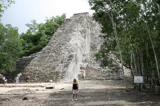リビエラマヤからのコバマヤ遺跡とセノテ文化一日ツアー