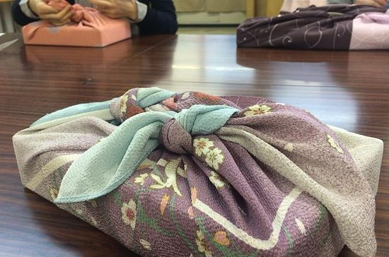 Traditional 'Furoshiki' Art Class in...