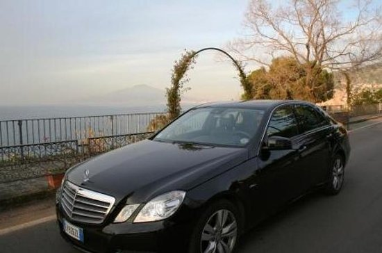 Private One-Way Transfer from Naples to Amalfi