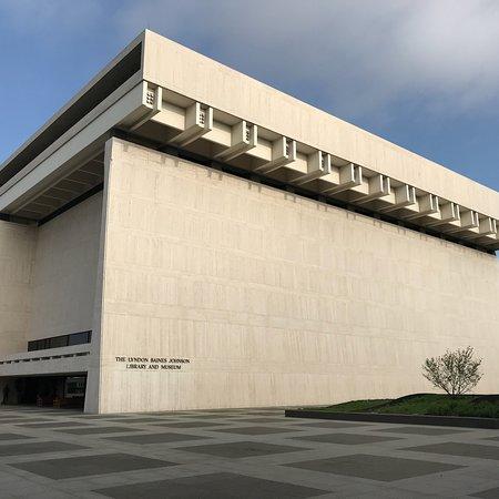 LBJ Presidential Library: photo0.jpg
