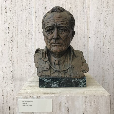LBJ Presidential Library: photo2.jpg