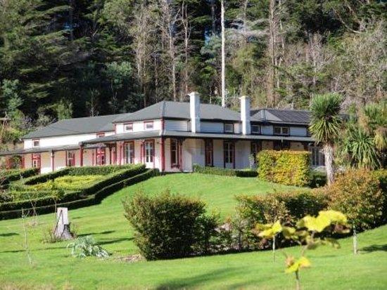 Whareama, نيوزيلندا: Ica Station Homestead - home of the Whareama Coastal Walk