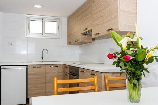 Helios Bay Hotel: New kitchen