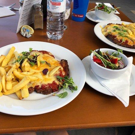 Gol Gol Hotel & Restaurant: photo3.jpg