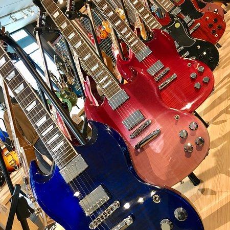 Gibson Factory : photo2.jpg