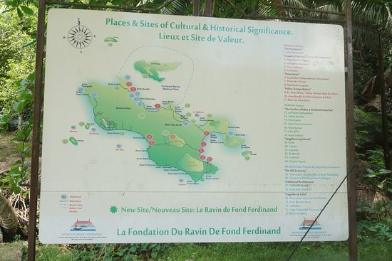 Praslin map Fond Ferdinand is on the very southeast tip of the map