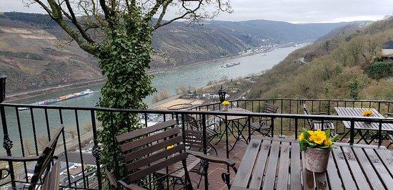 Castle Hotel Auf Schoenburg : 20180328_094717_large.jpg