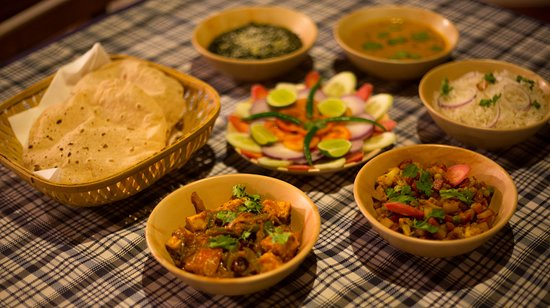 Asteya Kanha: Delicious local fare