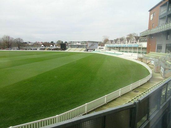 Premier Inn Worcester City Centre Hotel: Cricket ground from room 3