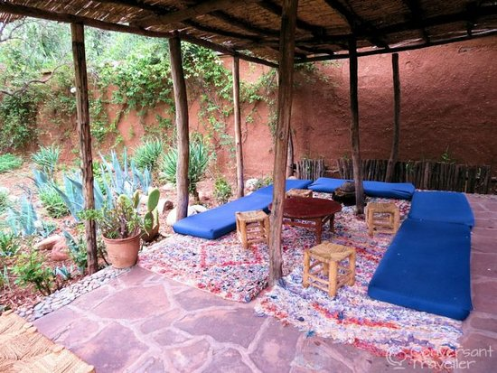 Ourika, Morocco: he organic aromatic herb gardens we were treated to mint tea with a twist in the pavillion.