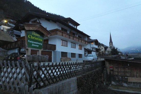 Trins, Austria: Außenansicht