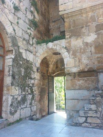 Isa Bey Mosque: Giriş