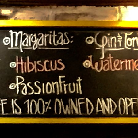 Barrio Cafe: We stopped after a walk on the beach – not to be missed! Amazing hibiscus and the passionfruit m