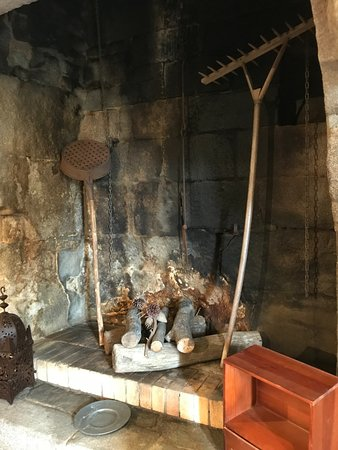 Manoir des Douets Fleuris : Ancienne cheminée