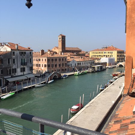 vista sul canale di cannaregio bild von hotel ca. Black Bedroom Furniture Sets. Home Design Ideas