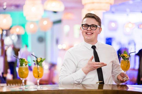 Świętoszówka, Polska: Perfect barman - perfect cocktail