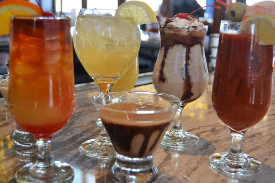 Seaport Grille: Assorted Drinks