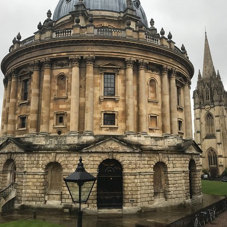 Experience Oxfordshire - Oxford Official Walking Tours: photo2.jpg
