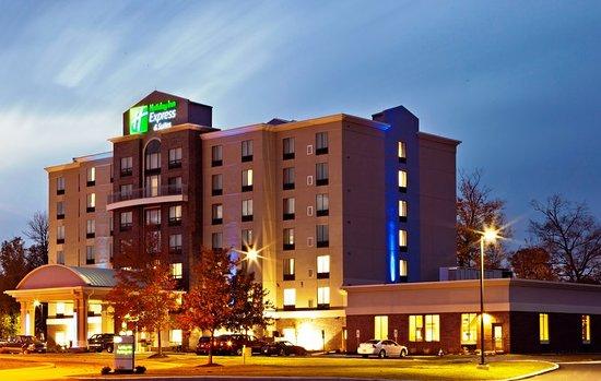 Holiday Inn Express & Suites Columbus-Polaris Parkway: Exterior