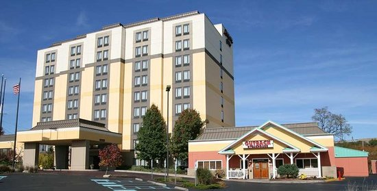 exterior picture of hampton inn pittsburgh monroeville. Black Bedroom Furniture Sets. Home Design Ideas