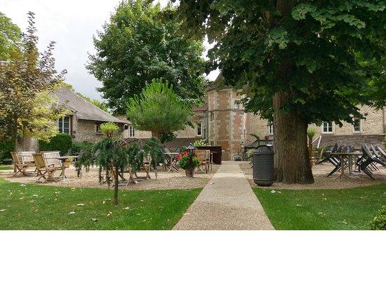 Hostellerie de la Porte-Bellon
