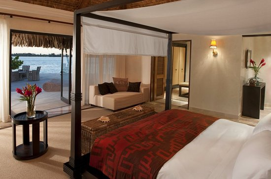 The St. Regis Bora Bora Resort: Guest room