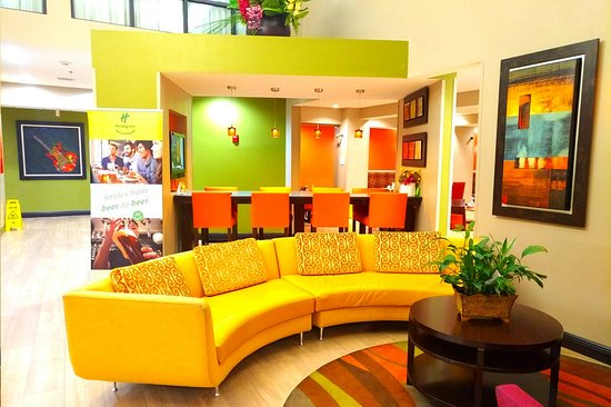 Holiday Inn Opelousas: Lobby