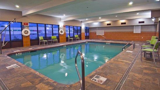 Holiday Inn Opelousas: Pool