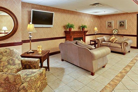 Kingsport, TN: Lobby