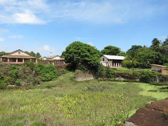 Ile Royale, French Guiana: Prison buildings