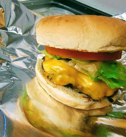 Rockland, Canada: Cheeseburger!!!!