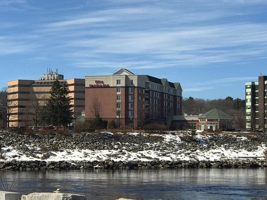 Фотография Hilton Garden Inn Auburn Riverwatch