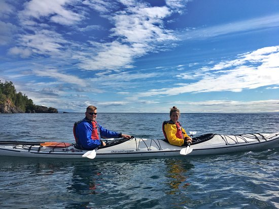 Schroeder, MN: Kayaking lessons on Lake Superior
