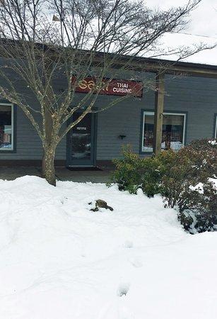 Shawnee on Delaware, PA: Saen Thai Cuisine_Sanju-1