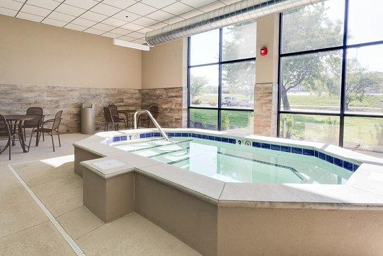Drury Inn Kansas City Shawnee Mission - Updated 2018 Prices  U0026 Hotel Reviews  Merriam