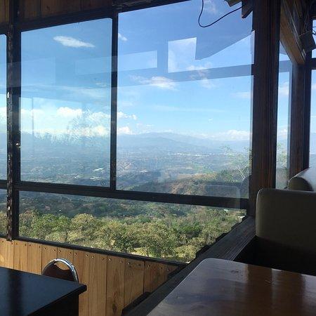 Santiago de Puriscal, Kosta Rika: Mirachos Bar Restaurante