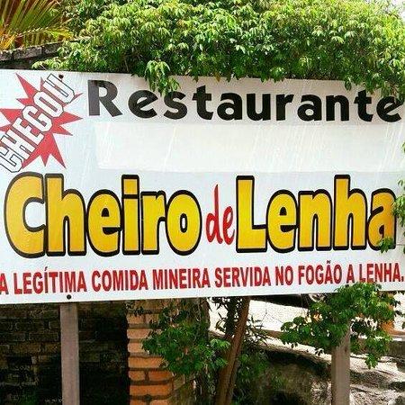 Resende Costa: Localização