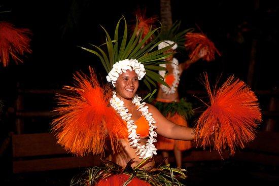 Le Taha'a Island Resort & Spa: Tahitian Dance