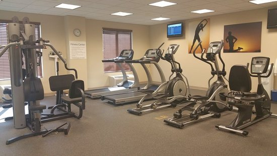 Holiday Inn Express & Suites Fort Myers- The Forum: Health club