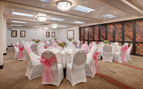 Fountains Hotel: Ballroom