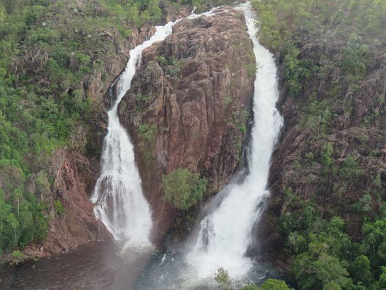 Airborne Solutions: Wangi Falls - Litchfield National Park