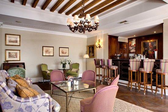 Le Mas de Pierre Hotel: Bar/Lounge