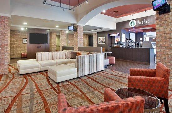 West Bay Beach, a Holiday Inn Resort: Property amenity