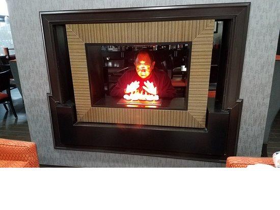 Coweta, โอคลาโฮมา: Couldn't resist a kodak moment with the fireplace