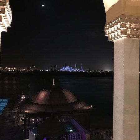 Shangri-La Hotel, Qaryat Al Beri, Abu Dhabi: photo3.jpg