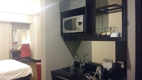 Manhattan Hotel: 20180327_162857_large.jpg