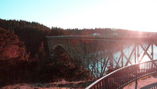 Deception Pass State Park: The bridge