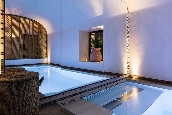 LAZ' HOTEL SPA URBAIN - Updated 2018 Prices & Reviews ...