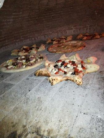 Aci Sant'Antonio, Italy: #lievitazioneventiquattrore